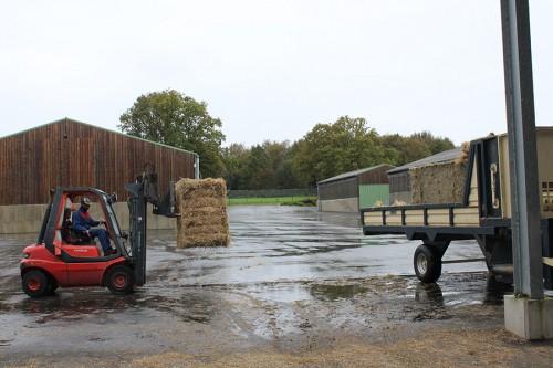 Le site consomme plus de 600 tonnes de paille par an.